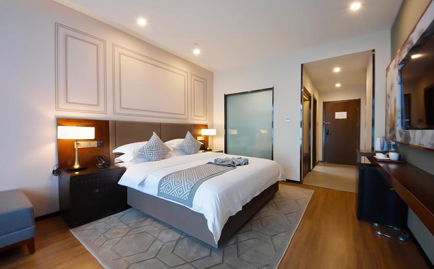 酒店的管理模式,特许经营和委托管理哪