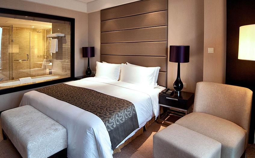 200个房间宾馆盈利处于什么样的水平上?