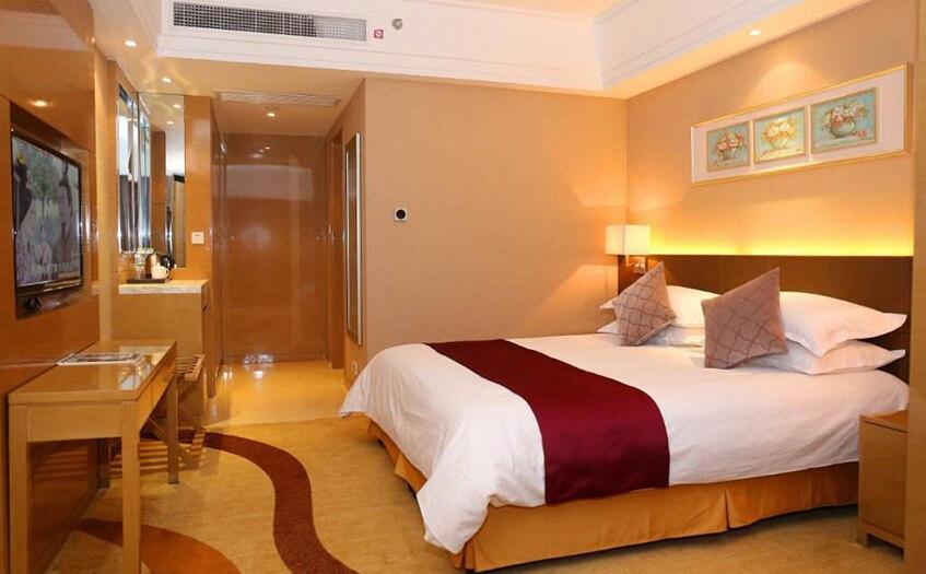 宾馆房间40间人员配置模式是怎么样的?