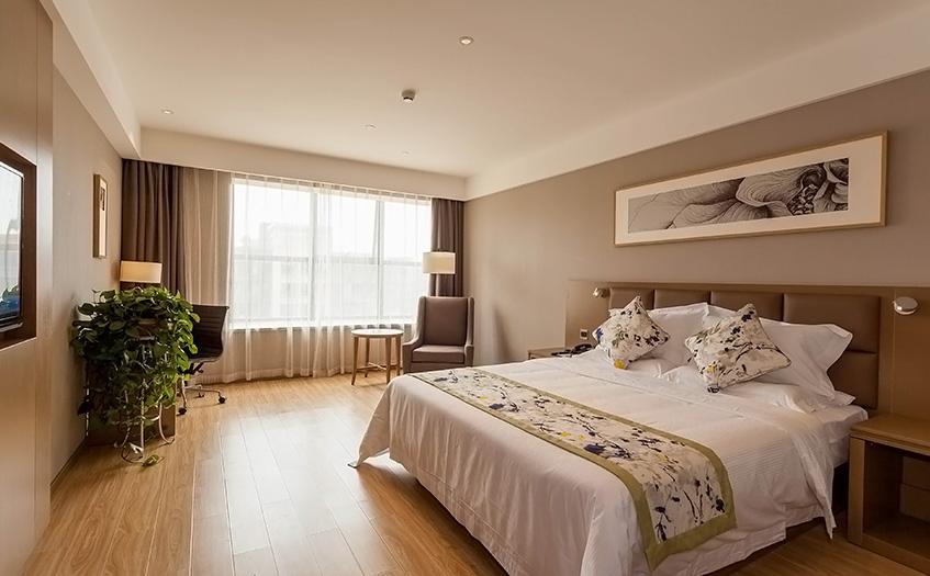 40个房间的宾馆利润大概有多少?