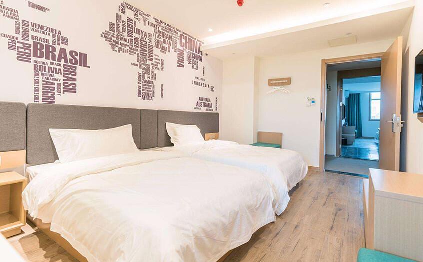 快捷酒店30个房间利润是多少呢?