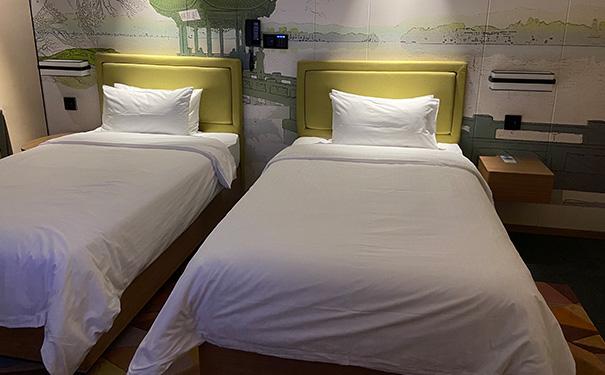 加盟欢朋希尔顿酒店需要哪些费用,多久可以营业